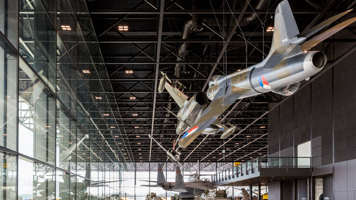Museumhal, foto Nationaal Militair Museum, Anne Reitsma